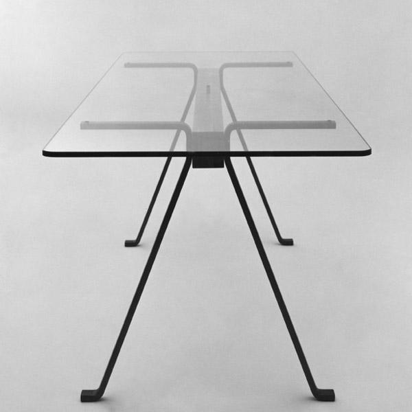 1973 by driade tavolo in profilato di ferro trave di faggio e piano